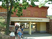 The entrance of Szigeti Beach